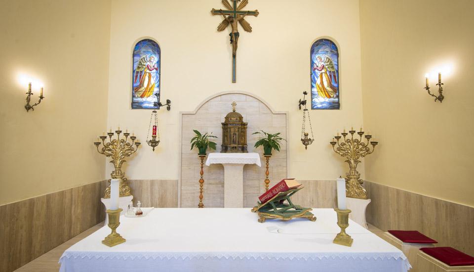Chiesa di San Michele Arcangelo a Lisciano - Altare